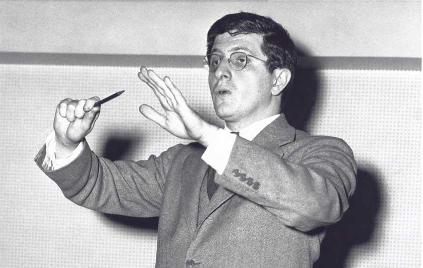 Bernard Hermann conducting.