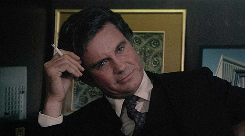 Cliff Robertson as Michael Courtland.